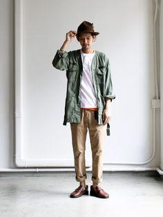 GRAMICCI NN-PANTS (ナローロングパンツ) Minimal Fashion, Timeless Fashion, Military Fashion, Mens Fashion, Tokyo Street Style, Smart Outfit, Themed Outfits, Japanese Outfits, Japan Fashion