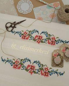Cross Stitch Needles, Cross Stitch Bird, Cross Stitch Flowers, Cross Stitching, Cross Stitch Patterns, Bargello, Needlepoint, Diy And Crafts, Crochet Necklace