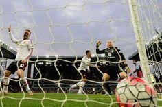 Wayne Rooney of Manchester United celebrates after Adnan Januzaj scores