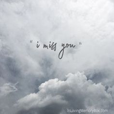At In Loving Memory Box we understand grief, sadness, and loss. We are here to help you remember your loved one. Inlovingmemorybox.com