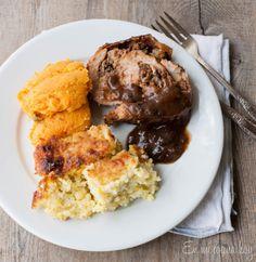 Pechuga de pavo rellena con ciruelas | En Mi Cocina Hoy Holiday Recipes, Chicken Recipes, Muffin, Food And Drink, Thanksgiving, Healthy Recipes, Healthy Food, Favorite Recipes, Meat