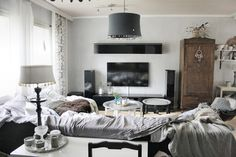 Idahhh: Just a day of my Autumn holiday // livingroom // tine k // gamla möbler // bohemic // boho // kalklitir // basalt + emma mix //