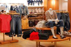 Como importar e revender roupas da China