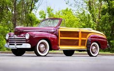 1946 Ford Super DeLuxe Sportsman