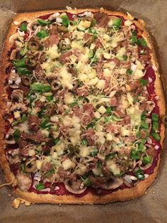 Koolhydraatarme recepten: Pizza Healthy Diners, Healthy Snacks, Low Carb Recipes, Vegetarian Recipes, Healthy Recipes, Go For It, Low Carb Pizza, Easy Cooking, Food Photo