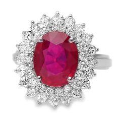 Choosing Diamond and Gemstone Rings Gold Face, Diamond Jewelry, Diamond Rings, Gold Jewelry, Fine Jewelry, Three Stone Rings, Colored Diamonds, Pink Diamonds, Ring Earrings
