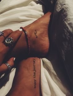 Most Meaningful One Word Tattoos To Ink On Your Body - Spat Starctic Mini Tattoos, Dainty Tattoos, Little Tattoos, Body Art Tattoos, Small Tattoos, Tatoos, Delicate Tattoo, Ankle Tattoos, Arrow Tattoos