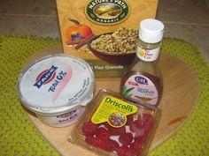 The Chopping Mode // Simple breakfast Recipe // Greek yogurt, raspberries, pumpkin flax granola & Agave syrup