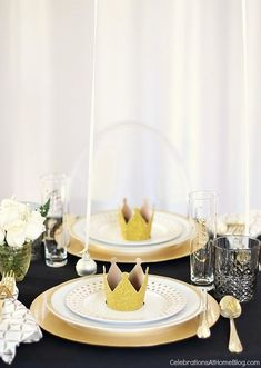 Table Setting with Balloons - Celebrations at Home