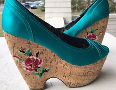 BETSEY JOHNSON Sz 9 Rosetta Platform Wedge Open toe Shoes #BetseyJohnson #PlatformsWedges #Clubwear