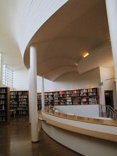 Aallon kirjasto / Aalto library