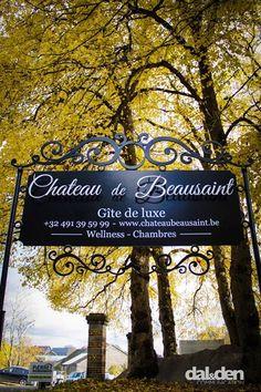 Enseigne co-réalisée avec Art Now pour le Château de Beausaint.