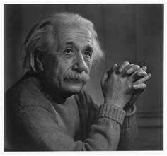Portrait Photography Inspiration : Albert Einstein Portrait by Yousuf Karsh Portrait Photos, Best Portrait Photographers, Famous Portraits, Classic Portraits, Citation Einstein, Albert Einstein Quotes, Dachshund Funny, Dachshund Love, Daschund