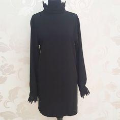 #buongiornooooooo #buon #sabatoooo #abito morbido particolare #merletto #collo e #polsini #nero #valeria #abbigliamento
