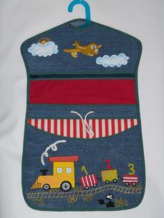 kapsář na ramínko - Hledat Googlem Textiles, Kids And Parenting, Advent, Projects To Try, Sewing, Satchel Handbags, Purses, Crafts, Creative