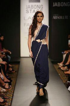 ridhi-mehra-lakme-fashion-week.jpg 640×960 píxeles