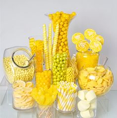 Need a candy buffet to spice up your wedding or holiday party but don't know where to start? Use Candy Warehouse's buffet builder to make your candy bar a hit! Candy Table, Candy Buffet, Lolly Buffet, Yellow Candy, Gold Candy, Yellow Theme, Colorful Candy, Pink Candy, Bar A Bonbon