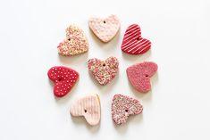 Artlex blog DIY Lyon / diy / Do it yourself / valentine's day /  Saint Valentin / gateau coeur / gourmand /  attrape-coeurs / chocolat, cuisine / cute / déco gateau / heart cookies / recette sucrée / Sablés coeurs / scrapcooking / sweat /cooking / DIY saint valentin scrapcooking