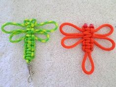 Quick tutorial on how to make a paracord dragonfly. 5 minute video, project take. - Quick tutorial on how to make a paracord dragonfly. 5 minute video, project takes 3 minutes. Great project for beginners. Source by tblueeyesgirl Ankara Nakliyat Paracord Knots, Paracord Keychain, Diy Keychain, Paracord Bracelets, Celtic Knot Bracelets, Paracord Zipper Pull, Celtic Heart Knot, Paracord Braids, Keychain Ideas