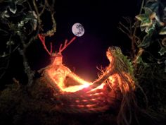 this is adorable Altar, Wiccan, Magick, Witchcraft, Witch Board, Pagan Gods, Hedge Witch, Sabbats, Handfasting