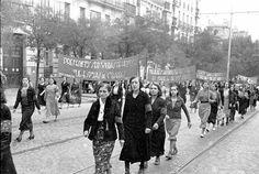 Fotos de Toledo tomadas en Septiembre de 1936 en pleno asalto al Alcazar. El asedio del Alcazar de Toledo duró del 22 de julio al 28 de septiembre de 1936, fecha en que entran en el Alcazar las tropas del General Yagüe. La historia es de sobra...
