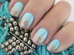 Mint and gold gradient glitter nail art tutorial - Makeup and Macaroons