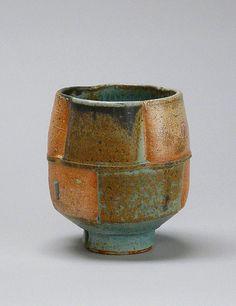 Jeff Oestreich (USA ) - bol à thé en grès tourné, 2006, collection de l'AMOCA.