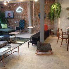A Wish Casa agora está conferindo os lançamentos da @estarmoveis! Fique de olho para as novidades #design
