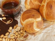 Houska z jednoho pramene Pretzel Bites, Bread, Beverages, Europe, Food, Kitchens, Eten, Bakeries, Meals