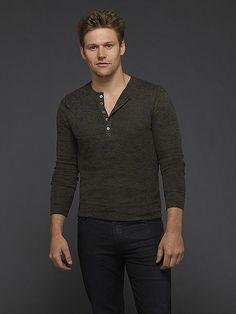 Zach Roerig as Matt Donovan The Vampire Diaries Cast: See the Sexy Portraits for Season 6 (PHOTOS)