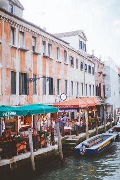 Canal Cafes in Venice Italy - Entouriste Adventure Awaits, Adventure Travel, Places Around The World, Around The Worlds, Italian Romance, Sidewalk Cafe, Rome Travel, Italy Vacation, Venice Italy