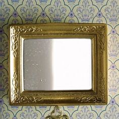 'Gold' Mirror - A good sing-song - Dolls' House Living Rooms - Dolls' House Room Displays - Dolls House Emporium