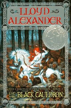 Taran, Assistant Pig-Keeper of Prydain, faces even more dangers as he seeks the magical Black Cauldron, the chief implement of the evil powers of Arawn, lord of the Land of Death.