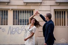 Séance couple à Montmartre! - Sweet Félicité Photographe Engagement session in Paris #lovers #amour #paris #amoureux #engagement #dance