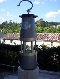Mairie de Chamborigaud, Gard, en Cévennes la lampe du mineur