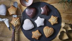 German lebkuchen are a traditional Christmas biscuit filled with festive flavours and decoration. Make a batch for friends and family!