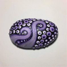 This Octopus Style Painted rock would look awesome in my garden! Love the detail! ♡ https://www.etsy.com/listing/507795084/garden-stone-zen-stone-rock-garden-hand