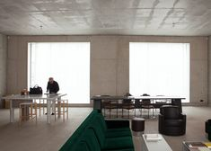 David Chipperfield's Berlin office fuses concrete with an old factory