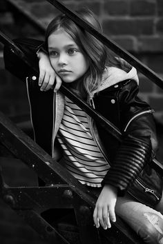 Little Girl Pictures, Anna Pavaga, Glamour Photo, Kid Poses, Russian Models, Young Models, Photographing Kids, Beautiful Children, Children Photography