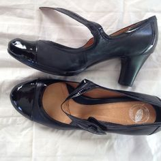 Super soft Mary Jane leather pumps Short heel. Super comfy. I used them only a few times but button on side needs to be replaced. Soft like borns. Real leather. Shoes Heels