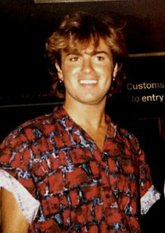 In memory of George Michael Singing School, Singing Career, Singing Tips, George Michael Wham, Michael Love, Beautiful Voice, Beautiful Men, Singing Course, Vocal Lessons