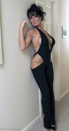 Sexy Black Cougar 82