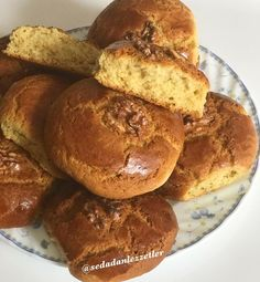 Mis gibi anne kurabiyesi dedikleri bu… – Kurabiye – Las recetas más prácticas y fáciles Easy Cake Recipes, Sweet Recipes, Cookie Recipes, Italian Pastries, Sweet Pastries, Armenian Recipes, Turkish Recipes, Mothers Cookies, Kid Desserts