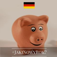 Jaki będzie Nowy Rok? Tego jeszcze nie wiemy, ale znamy ciekawe sylwestrowe i noworoczne zwyczaje europejczyków. Chcecie je poznać? Śledźcie naszą instakampanię każdego dnia, aż do 1 stycznia 2016 r. Wejdźmy w nowy, 2016 rok razem z nadzieją i uśmiechem!  Dzień 21 - Niemcy! Słodka, niemiecka, noworoczna tradycja nakazuje, by każdą bliską osobę obdarować w Nowy Rok małą, marcepanową świnką. W ten sposób szczęście będzie się jej trzymać przez najbliższe 12 miesięcy.  #JakiNowyRok? #KE #UE…