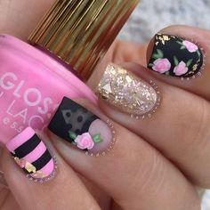 flower nail Spring Nail Art, Spring Nails, Nailart, Nagellack Trends, Manicure Tips, Black Nail Polish, Floral Nail Art, Christmas Nail Art Designs, Coffin Nails Long