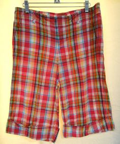 Lilly Pulitzer Palm Beach Fit Pink Plaid Cuffed Bermuda Shorts 100% Cotton Sz 4 #LillyPulitzer #Bermuda #Walking #Vacatin #Cruise #STyle #Fashion #Designer #Spring #Summer #beach
