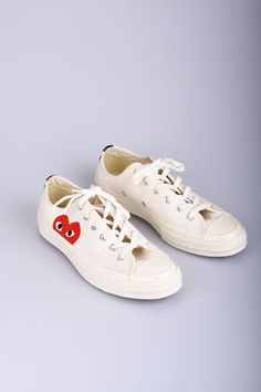 2fae650533cc3 COMME DES GARCONS Play Converse Chuck Taylor All Star baskets basses  blanches