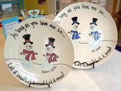 DIY Holiday Cookie Plate (in the restaurant) Christmas Activities, Christmas Crafts For Kids, Christmas Baby, Diy Christmas Gifts, Christmas Projects, Holiday Crafts, Holiday Fun, Christmas Time, Kylie Christmas