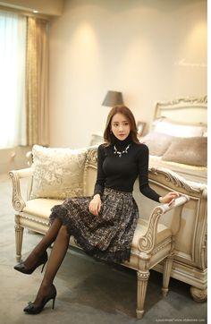 Korean Fashion – How to Dress up Korean Style – Designer Fashion Tips Korean Outfits, Mode Outfits, Fashion Outfits, Women's Fashion, Stylish Outfits, Korean Fashion Trends, Asian Fashion, Asian Woman, Asian Girl
