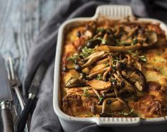 Romerige hoenderlasagne - rooi rose Rice Recipes, New Recipes, Chicken Recipes, Cooking Recipes, South African Recipes, Ethnic Recipes, Good Food, Yummy Food, Delicious Recipes